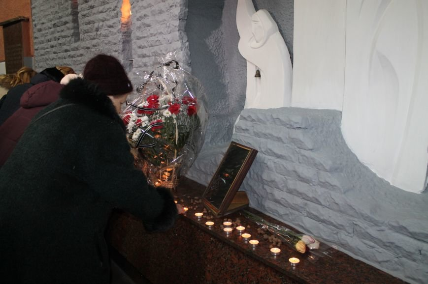 В Артемовске-Бахмуте почтили память жертв геноцида еврейского народа, фото-5
