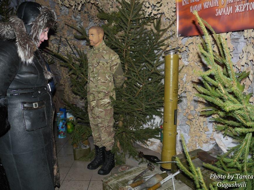 Сотні тернополян щодня відвідують велетенську шопку-рекордсменку (фоторепортаж) (фото) - фото 1