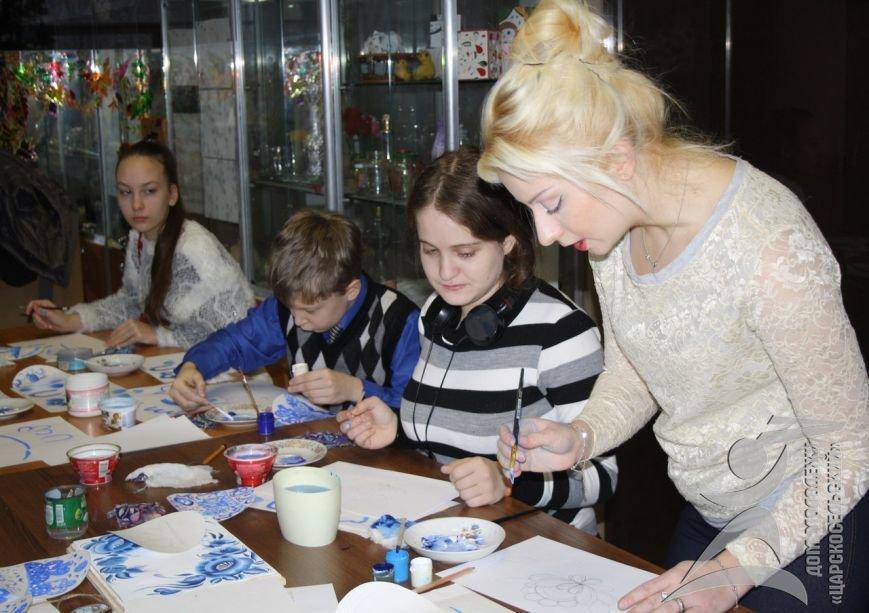 Пушкинцы освоили старинное славянское ремесло (фото) - фото 1