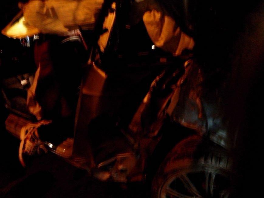 Вечером в Симферополе в страшной аварии погибла девушка (ФОТО) (фото) - фото 3