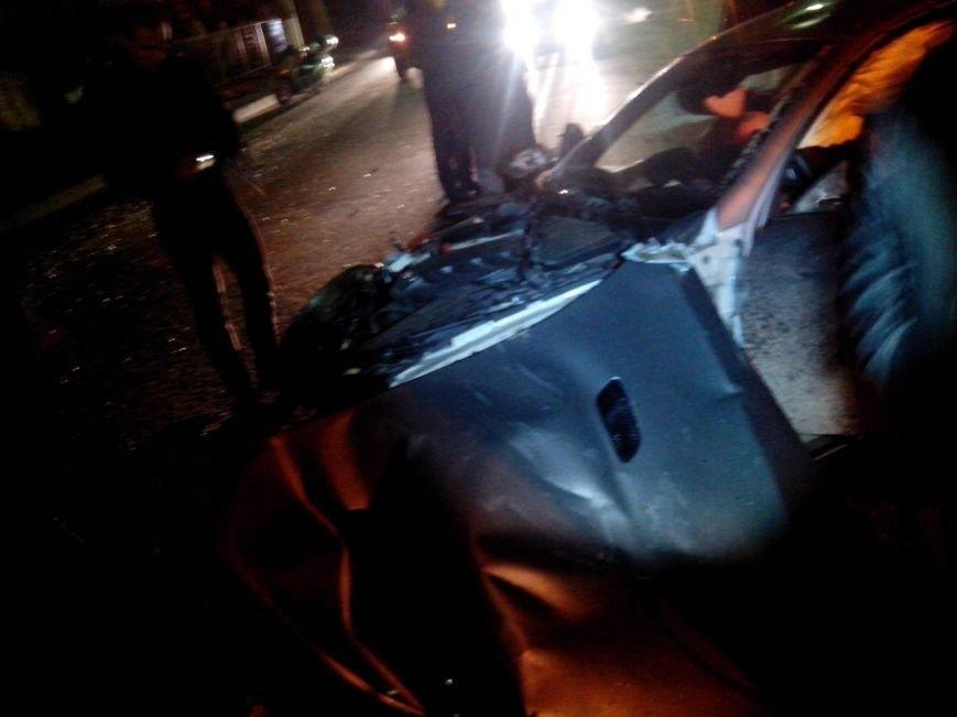 Вечером в Симферополе в страшной аварии погибла девушка (ФОТО) (фото) - фото 2