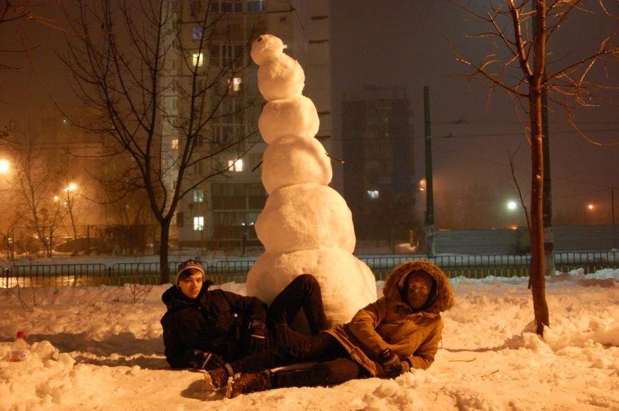 снеговик левый