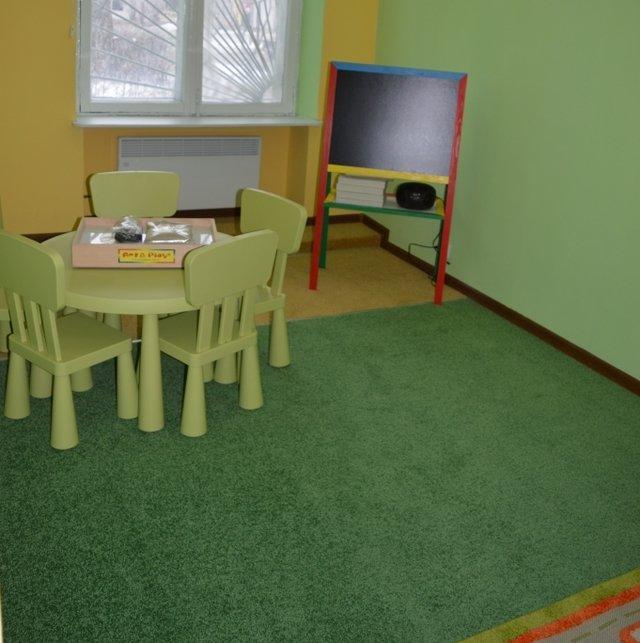 В Доброполье дети смогут повеселиться в новом детском центре