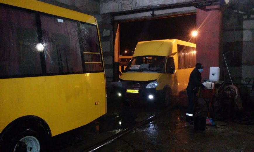 В Краматорске дезинфекции подвергают общественный транспорт, фото-1