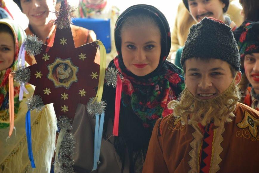 К губернатору Николаевщины с колядками пожаловали юные таланты (ФОТО) (фото) - фото 3