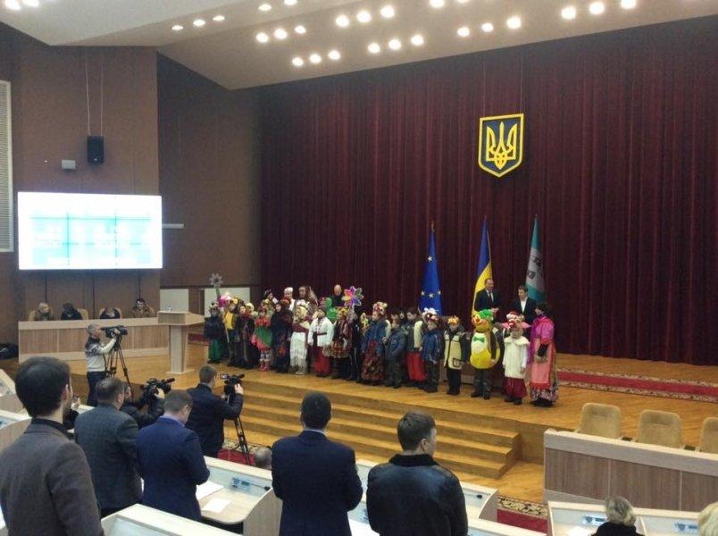 На сессии Сумского горсовета щедровали (ФОТО), фото-1