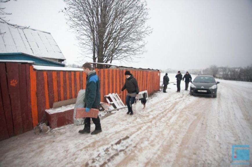 Как выживает в зимний период приют для собак на окраине Гродно (фоторепортаж) (фото) - фото 17