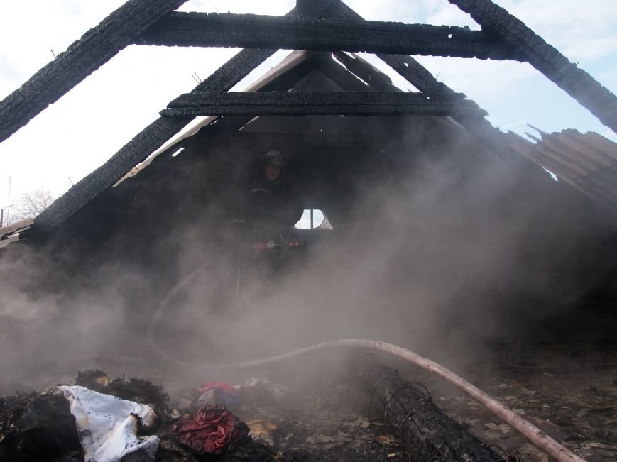 Днепродзержинские спасатели ликвидировали пожар в частном доме по улице Путевой (фото) - фото 5
