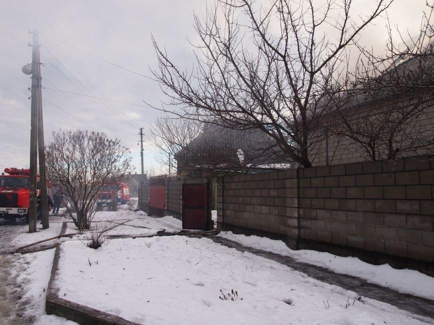 Днепродзержинские спасатели ликвидировали пожар в частном доме по улице Путевой (фото) - фото 2