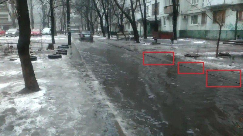 Жители запорожской многоэтажки жалуются на потоп в своем дворе, - ФОТО, ВИДЕО (фото) - фото 2