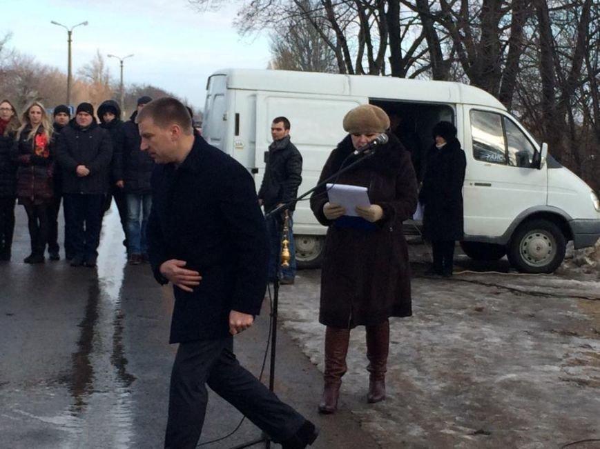 За расстрел автобуса с мирными жителями под Волновахой никто не наказан (ФОТО, ВИДЕО), фото-2