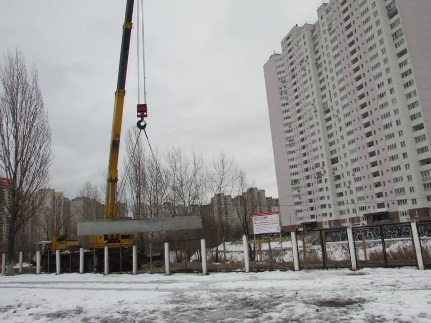 В Киеве возобновилось строительство моста через озеро Жандарка (ФОТО), фото-1