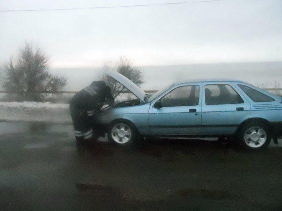Сержанты краматорской полиции помогли путешенственнику из Луганска (фото) - фото 2