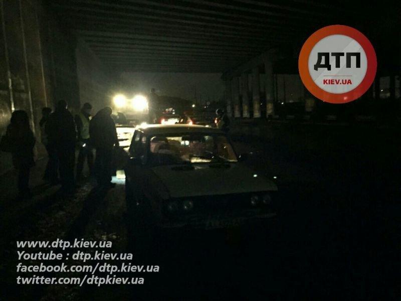 В Киеве пьяный водитель подрался с полицейским (ФОТО) (фото) - фото 1