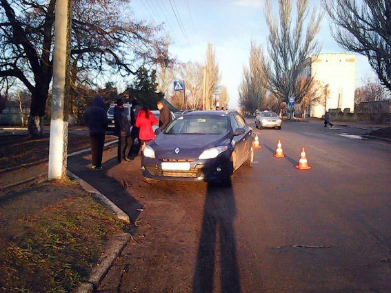 На Николаевщине дама на Рено сбила школьника на зебре (ФОТО) (фото) - фото 1