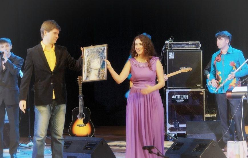 Участница проектов «Голос» и «Главная сцена» выступила в Ульяновске, фото-5