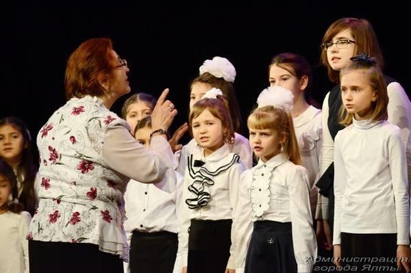 В Ялте прошёл юбилейный рождественский фестиваль «Святки», фото-1