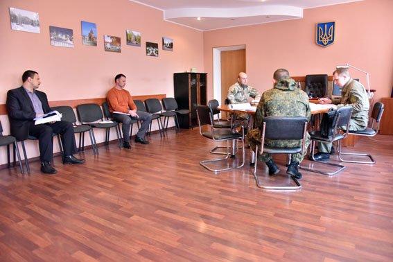 Вячеслав Аброськин проинспектировал работу полиции в Артемовском районе (фото) - фото 1