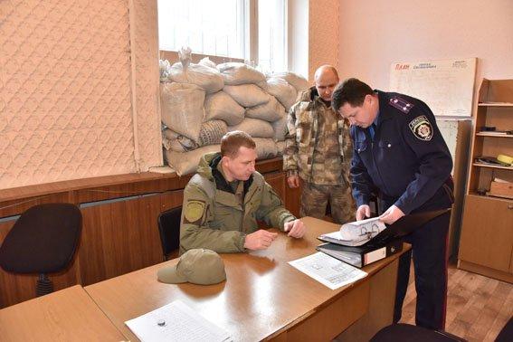 Вячеслав Аброськин проинспектировал работу полиции в Артемовском районе (фото) - фото 7