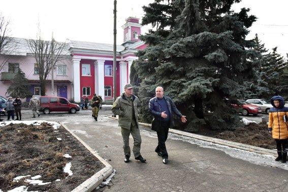 Вячеслав Аброськин проинспектировал работу полиции в Артемовском районе (фото) - фото 3