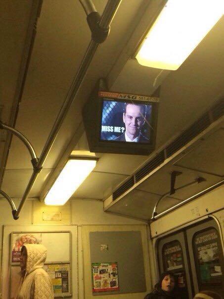 В киевском метро хакеры взломали сеть рекламных мониторов (ФОТОФАКТ) (фото) - фото 1