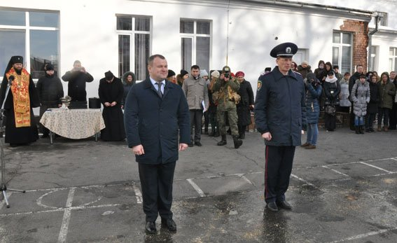 Полтавські правоохоронці вирушили на Схід (ФОТО) (фото) - фото 1