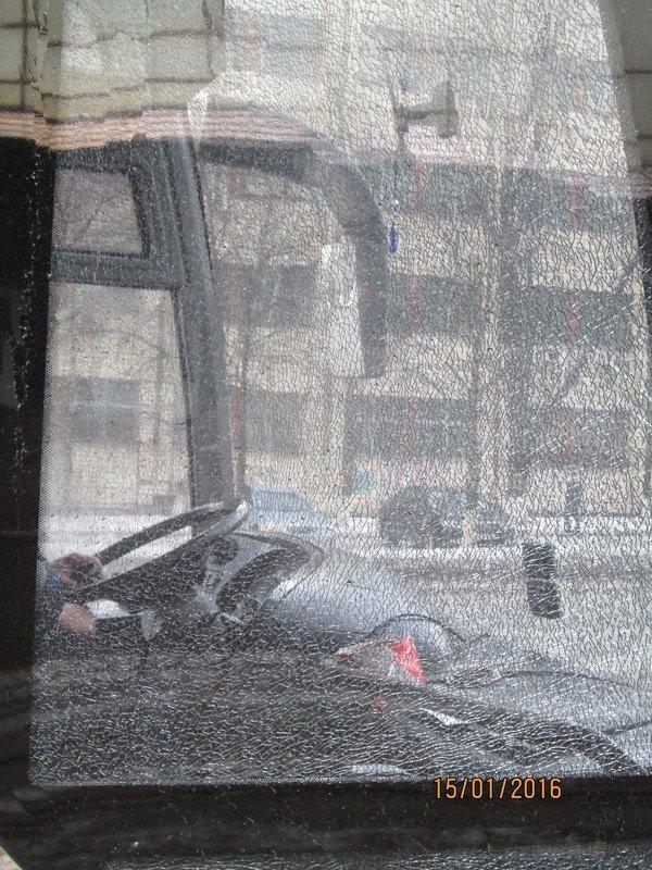 Взрыв на автомойке: охрана бросила в коммунальщиков две гранаты, - журналист, фото-3