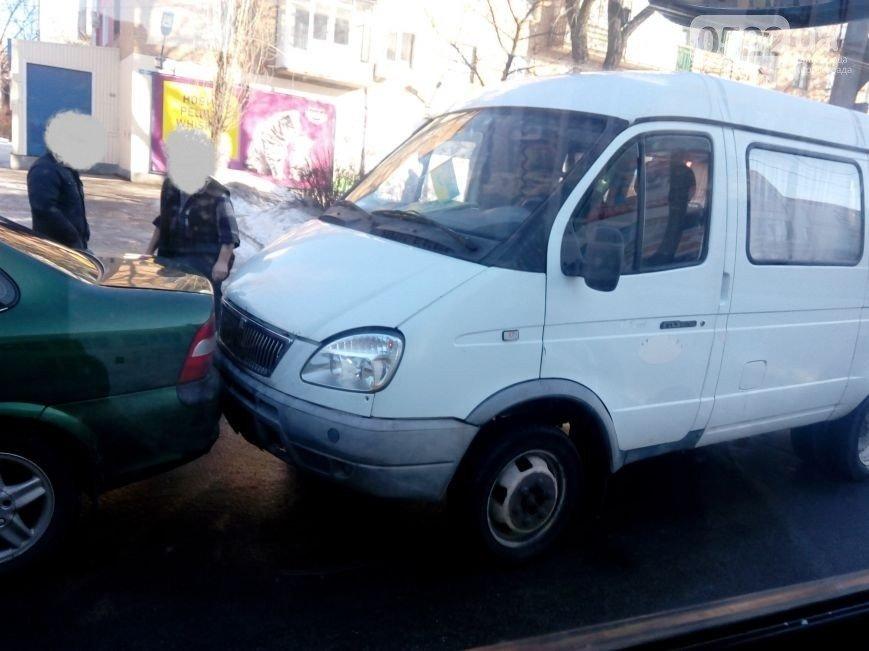 На Короленко в Кировограде произошло второе на сегодня ДТП (ФОТО) (фото) - фото 1
