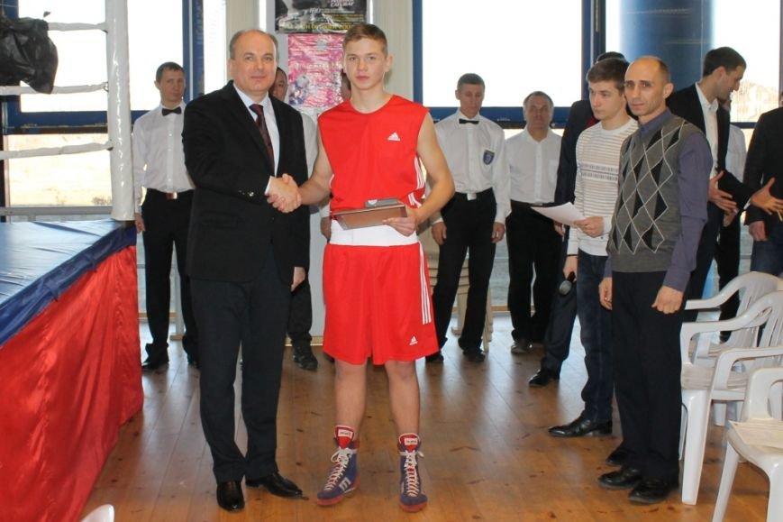 В Мариуполе стартовал первый боксерский турнир памяти Владимира Смирнова (фото) - фото 1