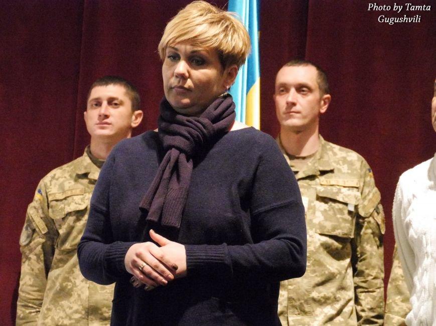 У Тернополі урочисто нагородили Народних Героїв України (ФОТОРЕПОРТАЖ) (фото) - фото 7