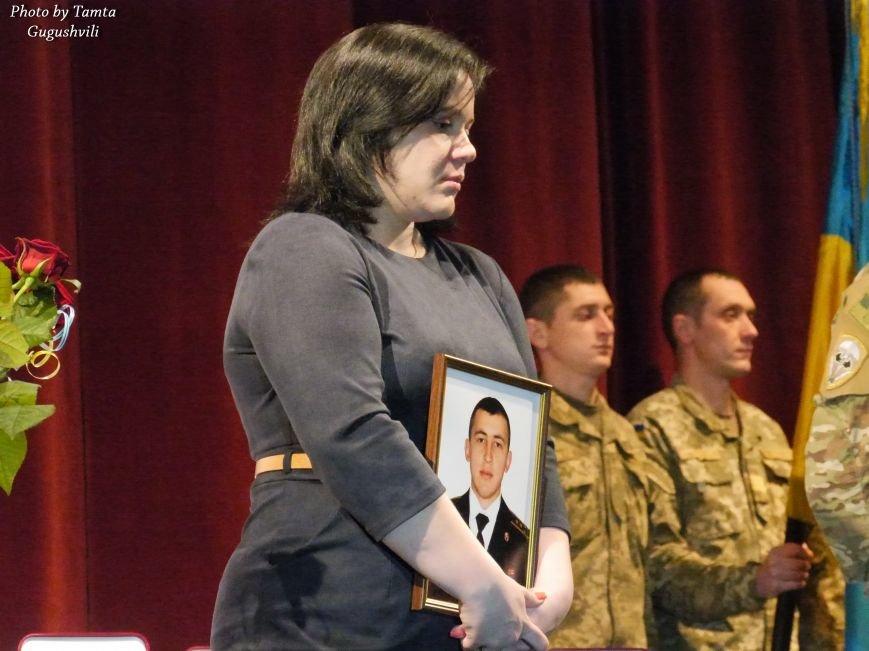 У Тернополі урочисто нагородили Народних Героїв України (ФОТОРЕПОРТАЖ) (фото) - фото 4