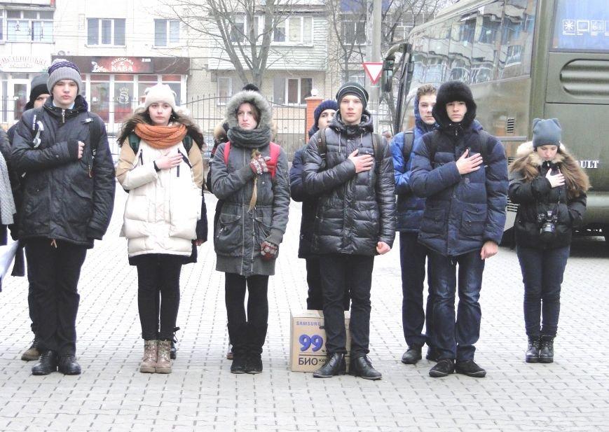 У Хмельницькому чергова ротація правоохоронців у зону АТО (Фото) (фото) - фото 2