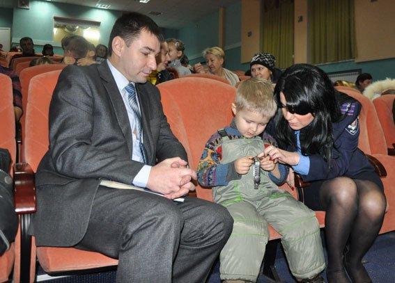 Проблемами переселенців зацікавився головний поліцмен Полтавщини (фото) - фото 2