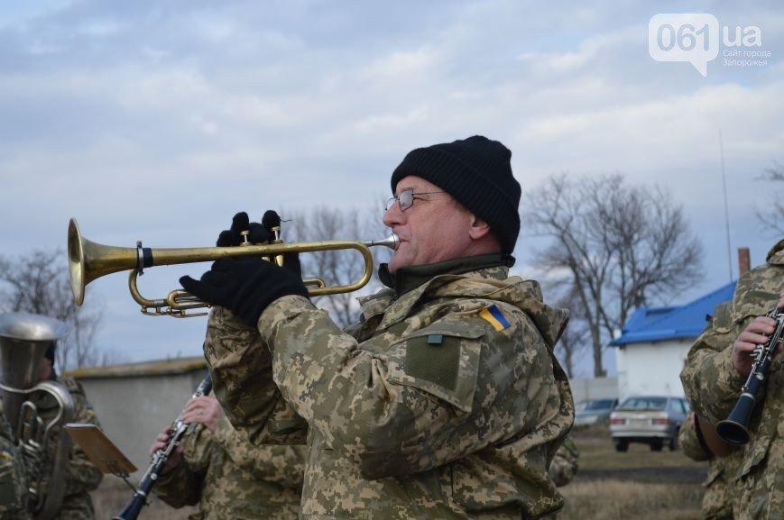 Последний из солдат, погибших под Иловайском, похоронен на Кушугумском кладбище (фото) - фото 6