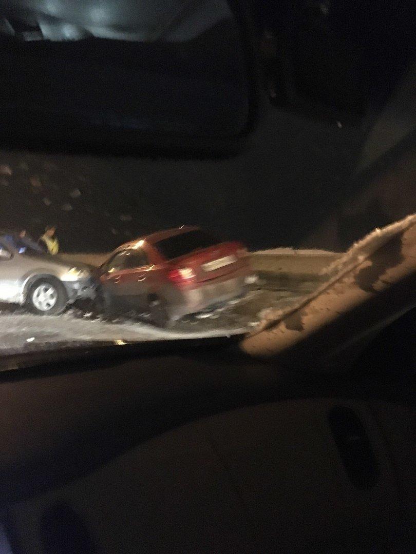 В Ульяновске на Императорском мосту произошло крупное ДТП (фото) - фото 1