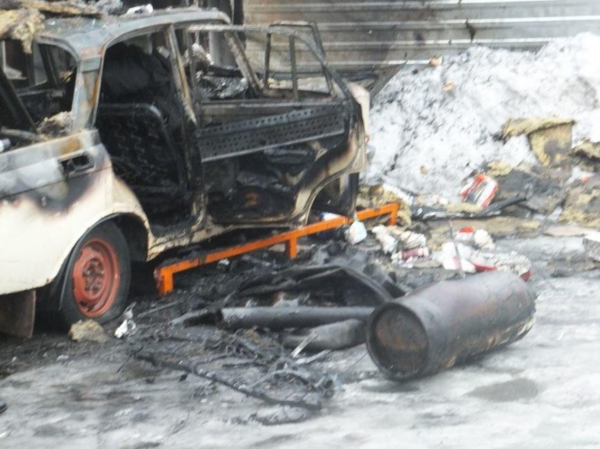 В Кировограде горела аптека и автомобиль. ФОТО (фото) - фото 1