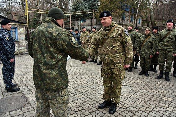 В Мариуполе произошла ротация правоохранителей из Ивано-Франковска (фото) - фото 1