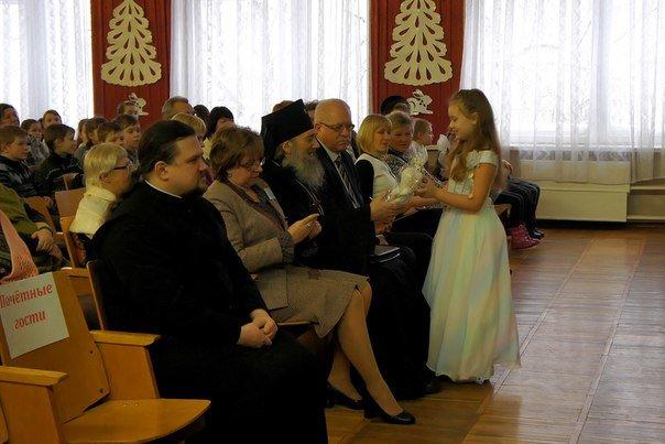 Череду рождественских городских мероприятий в Новополоцке продолжил детский праздник «Кто добро творит, того Бог благословит!» (фото) - фото 11
