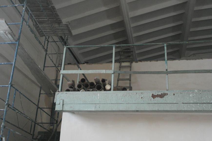 "Тимур и его команда: ""чудо-ремонт"" спорткомплекса ""Металлург"" в разгаре, фото-20"