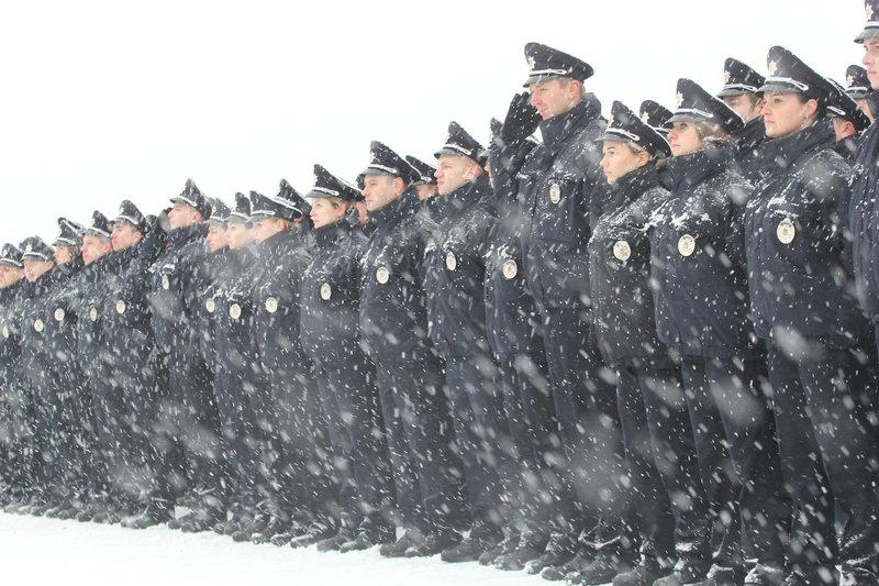 950 полицейских приступили к работе в Днепропетровске (ФОТО) (фото) - фото 6