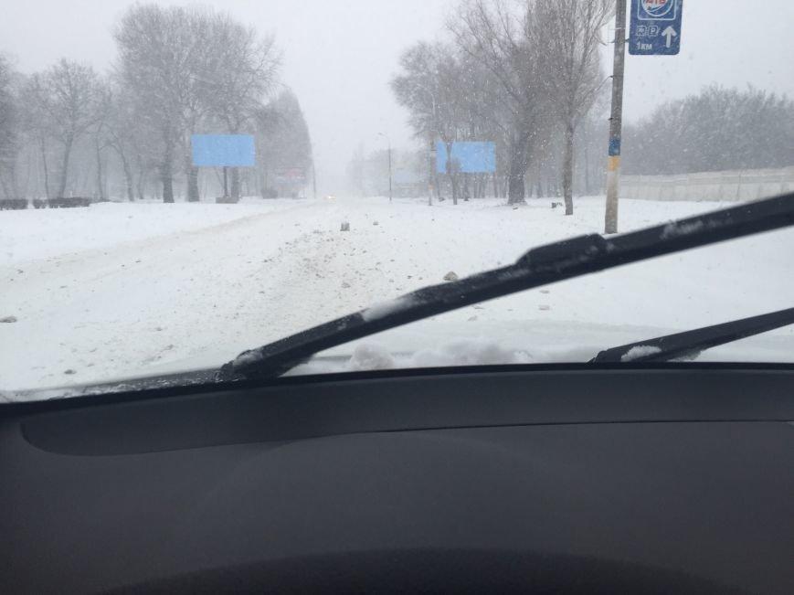 Днепродзержинск заметает снегом (фото) - фото 7