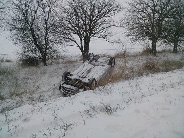 На Николаевщине спасатели вытащили из сугробов 28 автомобилей (ФОТО) (фото) - фото 1