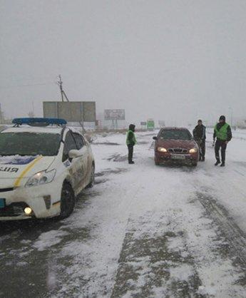 Дороги Николаевщины контролируют полицейские (ФОТО) (фото) - фото 1