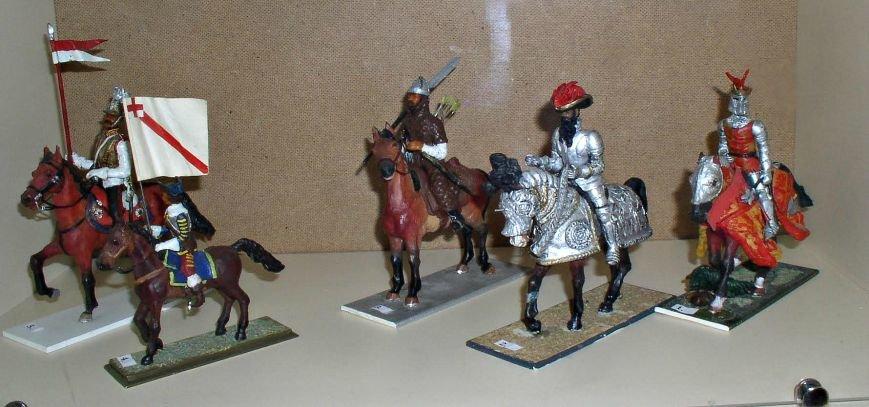 Оловянного Сталина и Наполеона можно увидеть на выставке в Витебске (фото) - фото 1