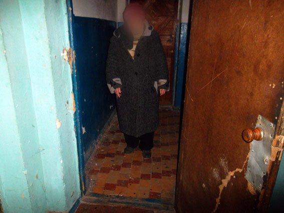 В Артемовском районе мужчина избил соседку молотком (фото) - фото 1