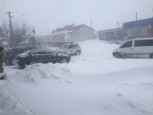 Маршрутка с криворожанами попала в снежный плен в Кировоградской области (ФОТО) (фото) - фото 1
