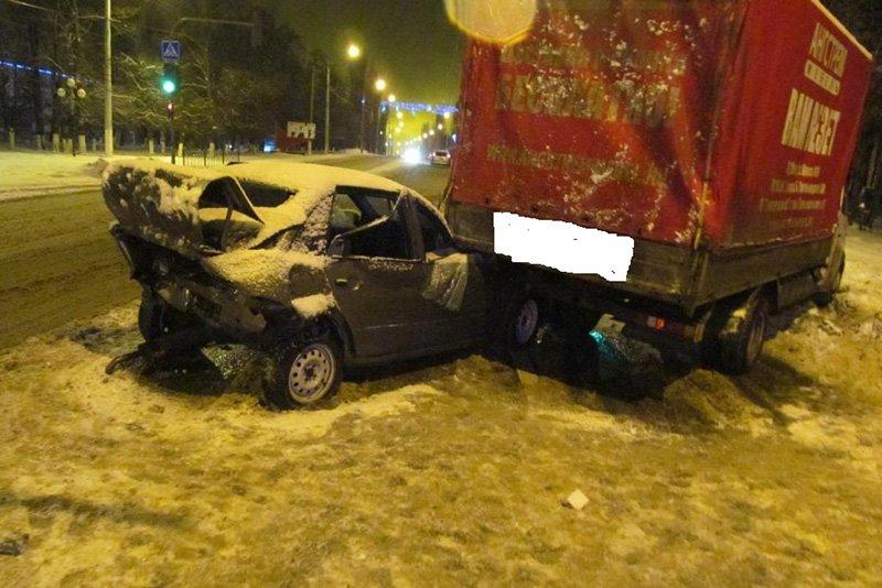 В Белгородской области на выходных в ДТП пострадали 15 человек (фото) - фото 1