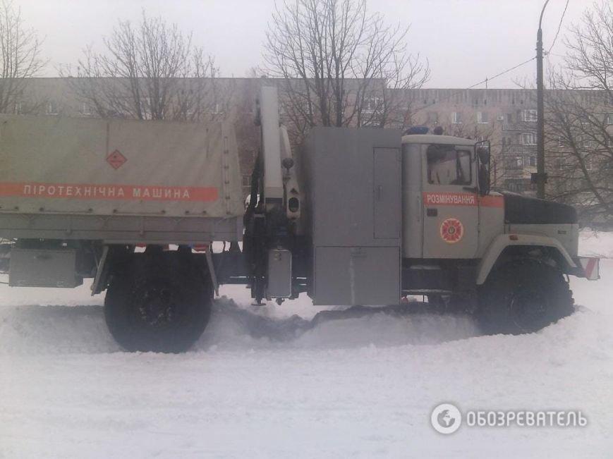На трассе около Днепродзержинска рейсовый автобус и десятки машин оказались в снежной ловушке (Обновлено) (фото) - фото 8