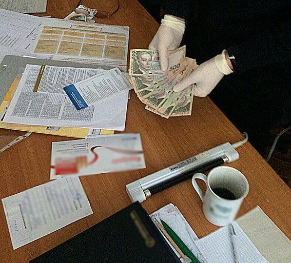 У Львові лікар вимагав винагороду за видачу довідки пацієнту (ФОТО) (фото) - фото 3