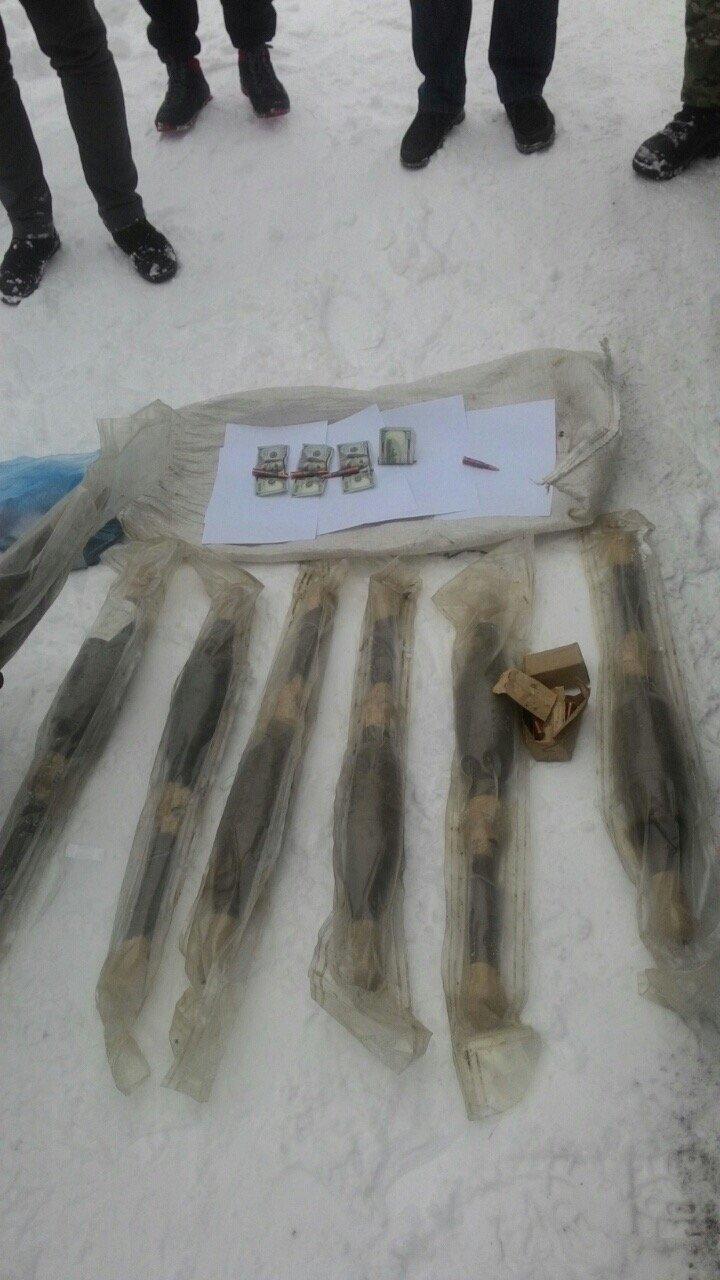 В Киевской области бывшего военнослужащего задержали за торговлю оружием (ФОТО) (фото) - фото 1